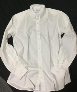 こちらも同じショップで購入した、名づけてダブルスタンドカラーシャツ!